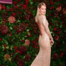 Poppy Delevingne – 65th Evening Standard Theatre Awards in London - 454 x 639