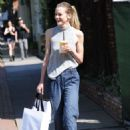 Jaime King out shopping in West Hollywood - 454 x 648
