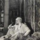 Renegades - Bela Lugosi - 454 x 539