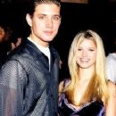 Jensen Ackles and Jessica Simpson - 245 x 400