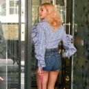 Pixie Lott in Shorts at Roar Group and Ivy Club Lunch in London - 454 x 708