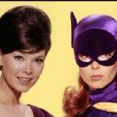 Batman - Yvonne Craig - 400 x 300