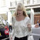 Kate Moss Makes A Quick Stop For Ice Cream Before Arriving At Topshop In London, 2008-05-08