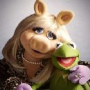 Miss Piggy and Kermit Frog