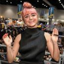 Maisie Williams – 'Game of Thrones' Cast Autograph Signing at Comic Con San Diego 2019