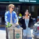 Vanessa Hudgens and Austin Butler - 454 x 637