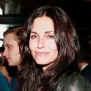 Courteney Cox - Loden Dager 2009 Runway Show In New York City, 06.09.2008.