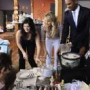 2010 Fall TV Preview - Happy Endings Photo Gallery