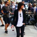 Katherine Moennig and Liev Schreiber – Filming 'Ray Donovan' in NYC - 454 x 642