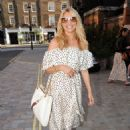 Tess Daly – Seen at Chiltern Firehouse in London - 454 x 619