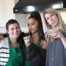 Ariana Grande – 'Starbucks X Ariana Grande' Photoshoot 2019