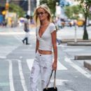 Frida Aasen – On her way to the fittings for the Victoria Secret Fashion Show in NYC - 454 x 681