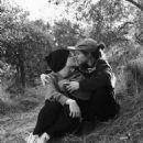 Ellen Page and Emma Portner - 454 x 491