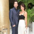 David Schwimmer and Zoe Buckman - 454 x 681