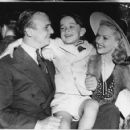 Betty Grable and Jackie Coogan - 454 x 423
