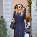 Elizabeth Olsen – Arriving to The in Style Gifting Suite in Brentwood