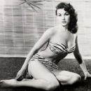 Playgirl - Mara Corday - 454 x 407