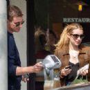 Emma Roberts and Garrett Hedlund - 454 x 303