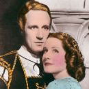Leslie Howard and Norma Shearer - 454 x 705