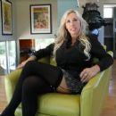 Wifey (Sandra Otterson) - 454 x 255
