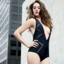 Alison Brie - Hot Photos