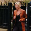 Kate Moss - Leaving Sadie Frost's House In London - 02/24/09