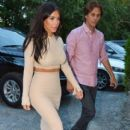 Kim Kardashian, Jonathan Cheban spotted out for dinner at Pellegrino's Pizza Bar and Restaurant in Southampton, New York on August 13, 2014