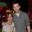 Jennifer Love Hewitt Splits with Alex Beh