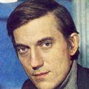Yevgeni Kindinov - 454 x 681