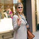 Jennifer Aniston – Leaves Nello Restaurant in New York - 454 x 527