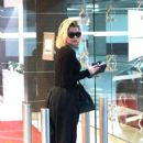Khloe Kardashian – Seen at doctor's office in West Hollywood