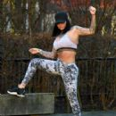 Jemma Lucy in Tights and Sports Bra – Workout in Manchester - 454 x 558
