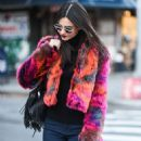 Victoria Justice– Out in New York City 12/04/ 2016 - 454 x 663