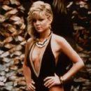Lisa Hartman - 420 x 600
