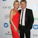 David Foster and Yolanda Hadid - 385 x 594