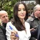Monica Bellucci – Arriving at Vivement Dimanche TV show in Paris - 454 x 645
