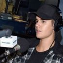 Justin Bieber visits SiriusXM Hits 1's The Morning Mash Up at SiriusXM Studios on August 27, 2015 in Los Angeles, California