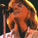 Jennifer Warnes - 356 x 237