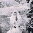 Ursula Andress - 454 x 587