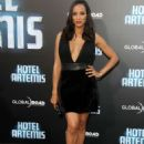 Dania Ramirez – 'Hotel Artemis' Premiere in Los Angeles - 454 x 628