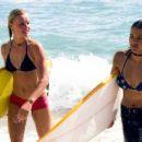 Surfers in Blue Crush (2002) - 454 x 256