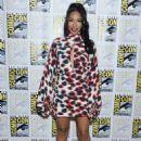 Candice Patton – 'The Flash' Press Line at Comic Con San Diego 2019 - 454 x 637