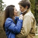 Jeremy Renner and Evangeline Lilly