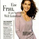 Teri Hatcher Glamour Magazine Pictorial 29 August 2006