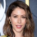 Amanda Crew – HBO Primetime Emmy Awards Afterparty in Los Angeles - 454 x 546