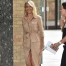 Mollie King – Arrives at ITV Studios in London - 454 x 681
