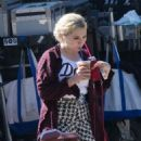 Abigail Breslin – On the Set of 'Scream Queens' in Los Angeles 9/1/2016 - 454 x 509