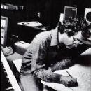 Randy Newman - 200 x 250