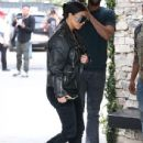 Kim Kardashian spotted out for lunch at Cafe Vega in Sherman Oaks, California on February 8, 2017 - 436 x 600