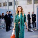 Hannah Ferguson – Leaving Chloe Fashion Show in Paris - 454 x 649